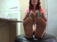 Mature Ticklish Toes