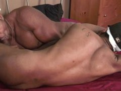 Muscle ghetto black dude fucks his horny roommate