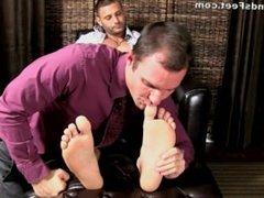 Mike Buffalari's feet worshipped