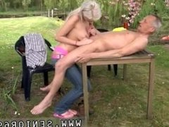 Bisexual old couple and young man xxx Paul is lovin' his breakfast in the