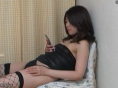 Peeping the private life of Japanese pornstar Aki Kawana.