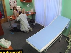 Euro patient pussyfucked by doctor on spycam