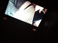 Wanking over janiegirl's video
