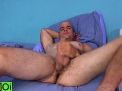 Big fat cock Oscar is beating his fat meat just to cum hard