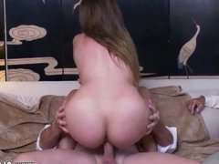 Old and new lesbians Ivy impresses with her