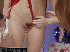 Nubiles-Porn His Gift Is Riley Reid & Hot Threesome