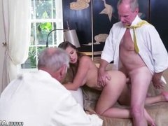 Old blonde huge tits Ivy impresses with her