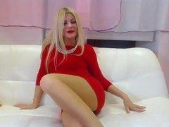 T.R. Annie in pantyhose......!