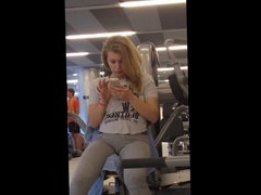 Home D20 - I really like this hot girl at the gym