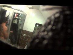 hidden cam essai douche camera cachee en hauteur douche