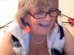 Horny Granny Plays With Her Pussy On Webcam