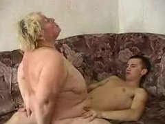 Big Blond Granny R20