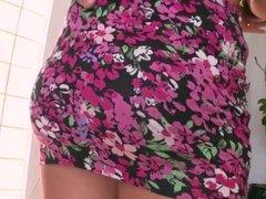 Round Butt Mia Malkova Tastes Big Dick