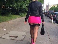 Hooker with a big ass walking - PART 1