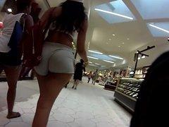 Morena GOSTOSA no shopping