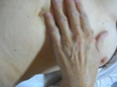 cumming on mature wifes hairy pussy and clit