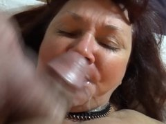 Milf get cum on mouth and dont like it