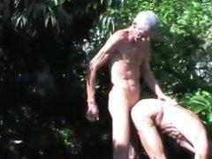 geile Freude im Wald