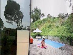 Virtual Reality Neighbors