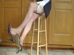 TRYING TO SHOE DANGLE IN CERVIN RHT NYLONS