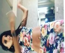 Sexy belly dancer 2