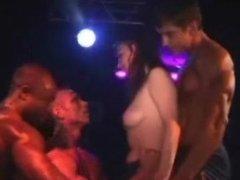 More public nudity in a pub