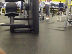 ass hunting at the gym1