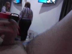 Flash Masturbation to my aunt CFNM (mi tia)