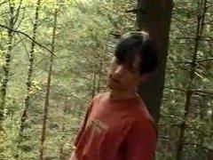 Chicos Follando en el Bosque