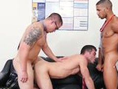 Xxx hot sex small boys and small gay dick