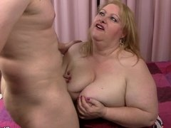 Busty plumper gets her fat pussy licked and fucked