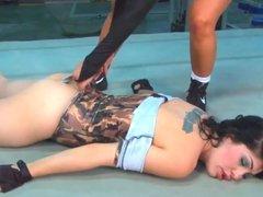 sexy women wrestling