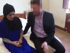 Arab coach 21 yr old refugee in my hotel