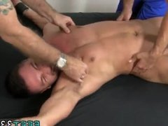 Black gay guy lick fat white guys toes
