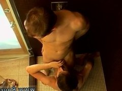 Pissing free  loading and xxx adult
