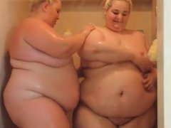 Two Blonde Feedees in the Shower