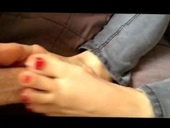 Perfect toes - footjob 1