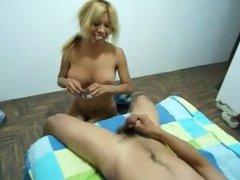 Amateur big tit latina gets good dick in her asshole