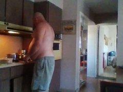 Gainer Guy in the kitchen