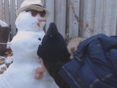 Girl fucks a snowman or snowman fucks girls