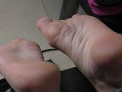 sole feet foot sweat