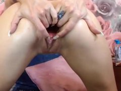 huge dildos makes this gaping blonde squirt
