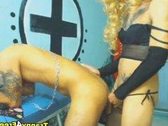 Kinky Tranny Dildos his Neighbor Ass