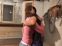 Im Keller mit der Mutter gefickt