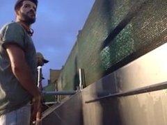 Flagra - Handsome guys pissing