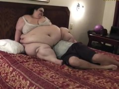 BBW Face Sitting at Clips4sale.com