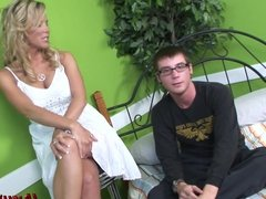MILF Kayla does anal with a young stud!