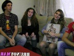 Tres Parejitas Jovenes de BRUNOYMARIA se montan esta Orgia