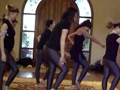 Dance in Leggings