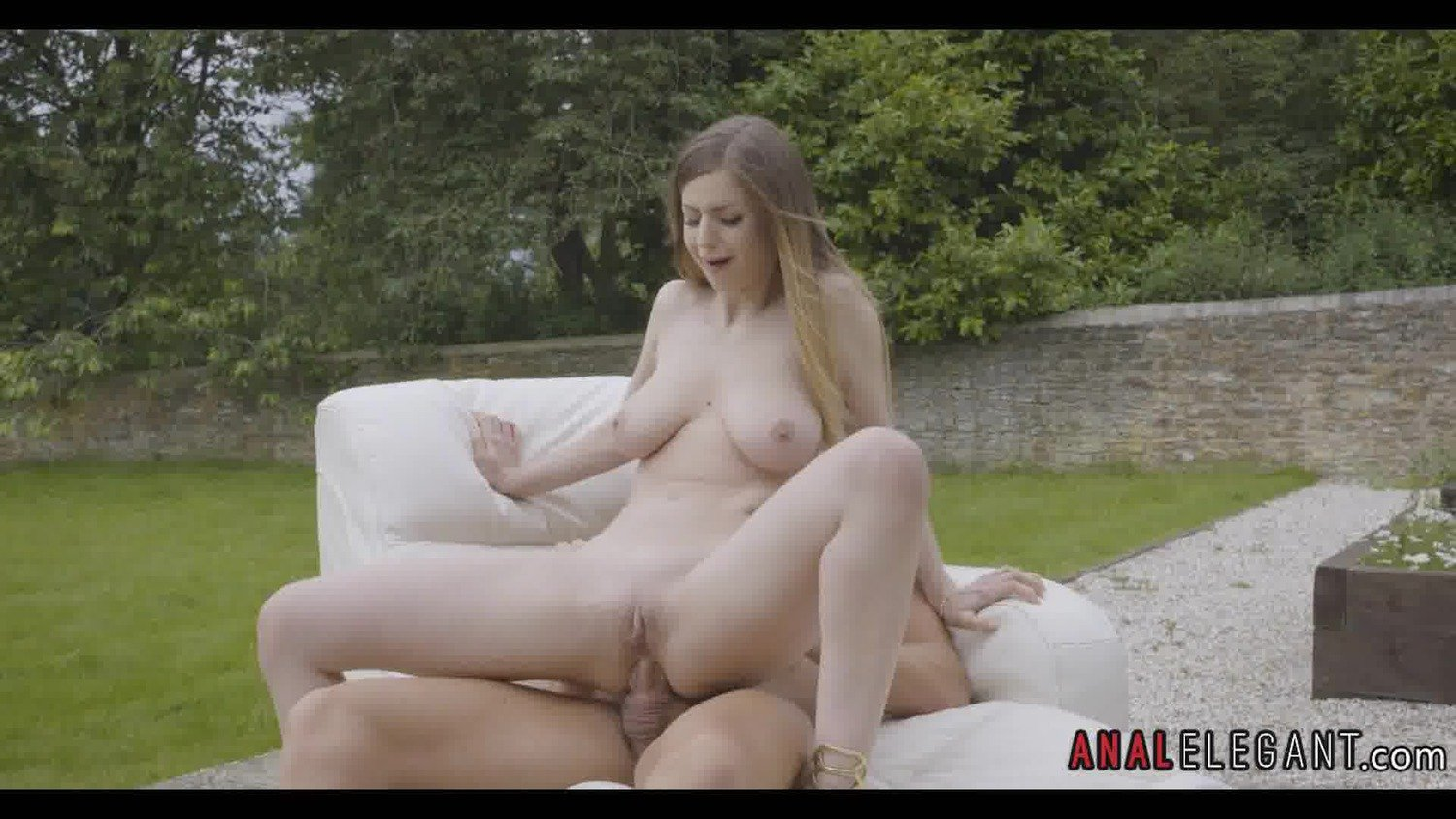 Outside Anal Sex with Brunette Amateur